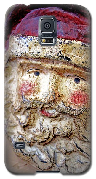 Galaxy S5 Case featuring the photograph Santa by Lynn Sprowl