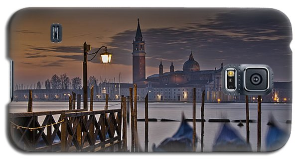 Galaxy S5 Case featuring the photograph Santa Maria Maggiore by Marion Galt