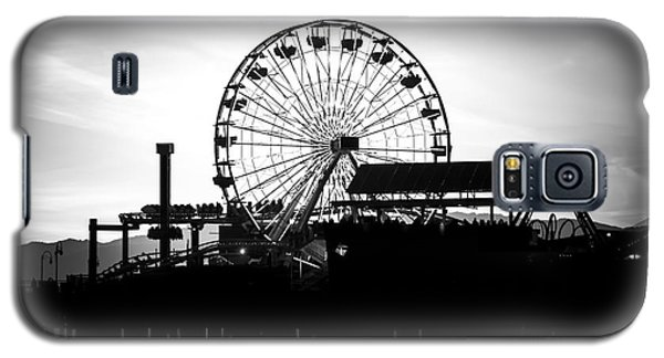 Santa Monica Ferris Wheel Black And White Photo Galaxy S5 Case by Paul Velgos