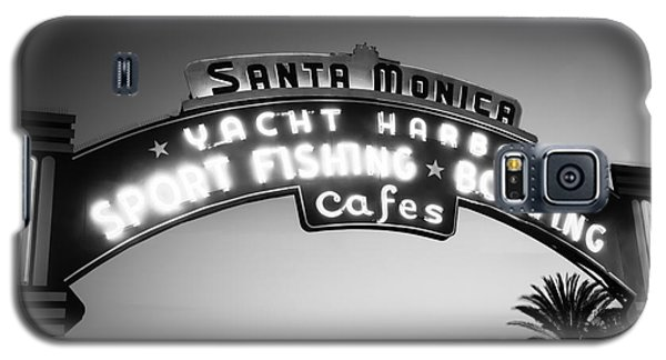 Santa Monica Pier Sign In Black And White Galaxy S5 Case by Paul Velgos