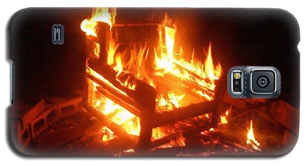 Galaxy S5 Case featuring the photograph Satan's Arm Chair by Shana Rowe Jackson