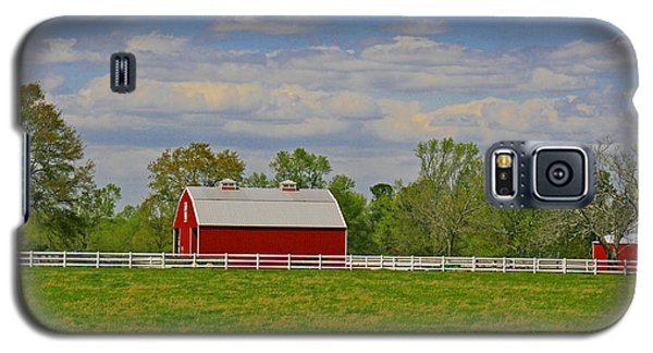 Galaxy S5 Case featuring the photograph Sc Horse Farm by Andy Lawless