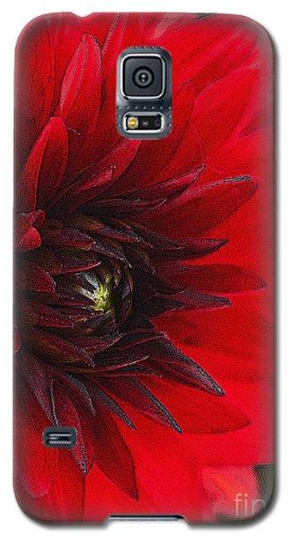 Scarlet Dahlia Galaxy S5 Case by Janice Rae Pariza
