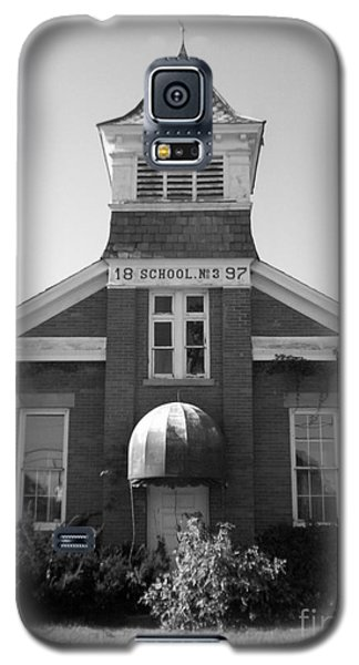 Galaxy S5 Case featuring the photograph School House by Michael Krek