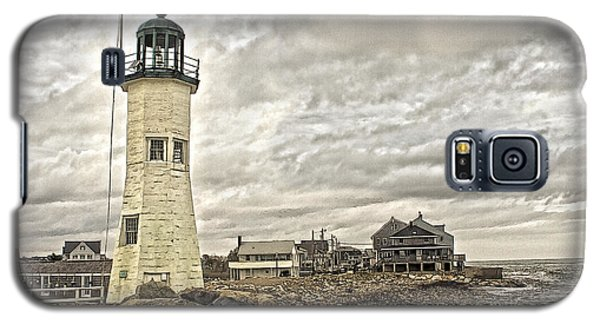 Galaxy S5 Case featuring the photograph Scituate Lighthouse by Constantine Gregory
