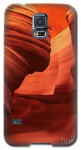 Galaxy S5 Case featuring the photograph Sculpted Sandstone Upper Antelope Slot Canyon Arizona by Dave Welling
