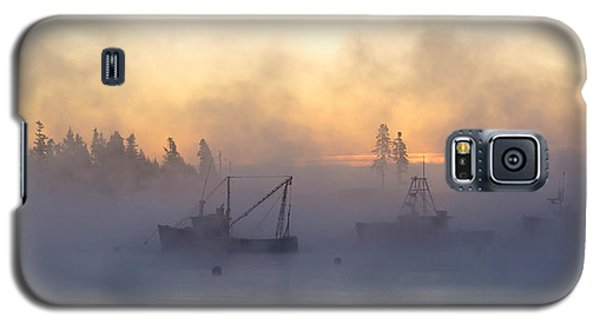 Sea Smoke Down East Maine  Galaxy S5 Case by Trace Kittrell