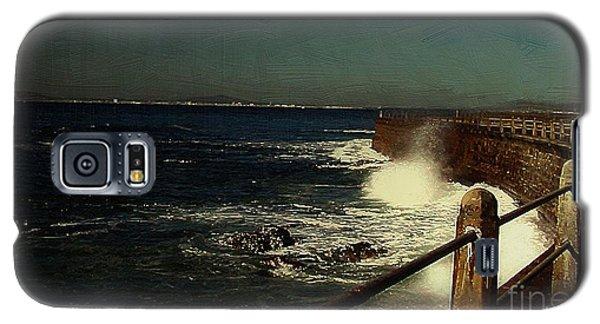 Sea Wall At Night Galaxy S5 Case