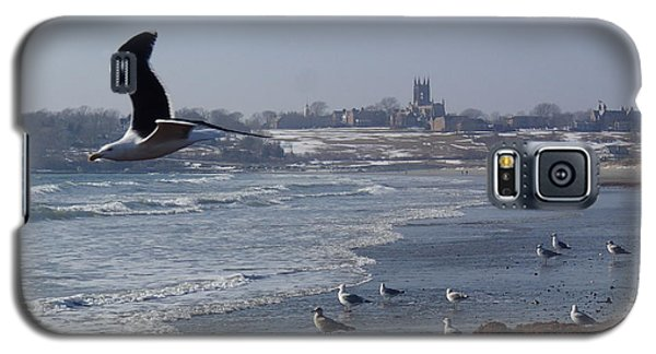 Galaxy S5 Case featuring the photograph Seagull by Robert Nickologianis