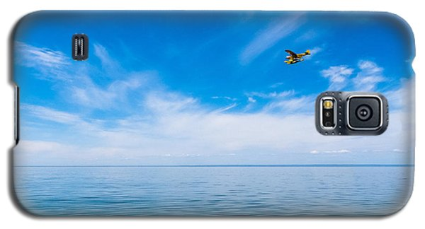 Seaplane Over Lake Superior   Galaxy S5 Case
