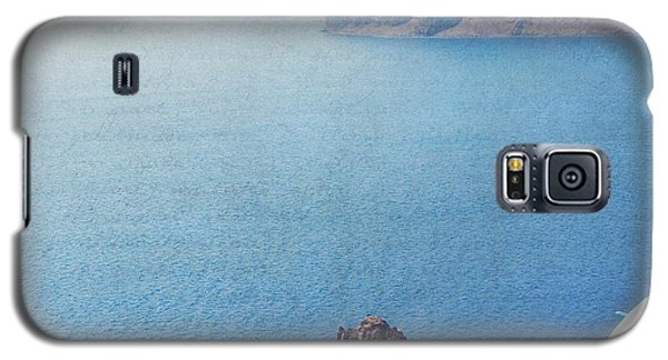 Galaxy S5 Case featuring the photograph Seascape - Santorini by Lisa Parrish