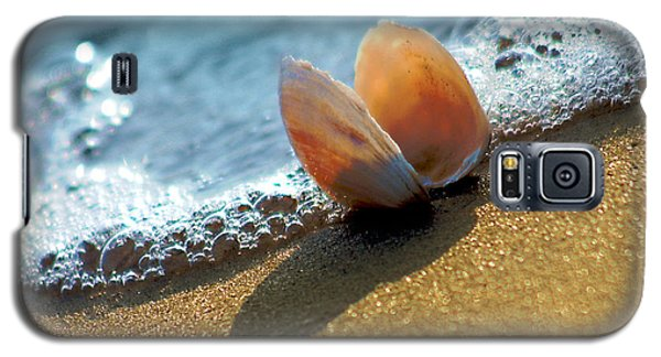 Seashell On The Coast With Wave And Bubble Galaxy S5 Case