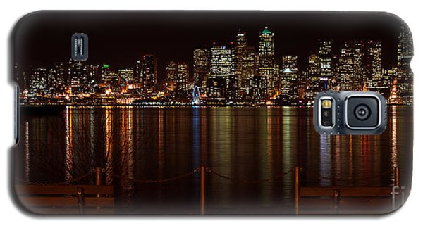 Seattle At Night Galaxy S5 Case by Eddie Yerkish