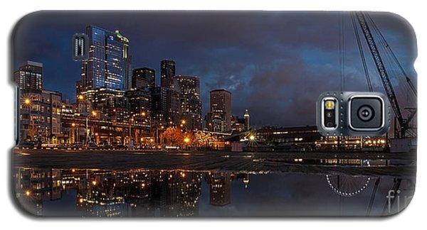 Seattle Night Skyline Galaxy S5 Case by Mike Reid