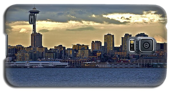 Seattle Skyline In Twilight Galaxy S5 Case