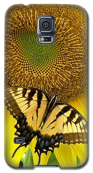 Secret Lives Of Sunflowers Galaxy S5 Case