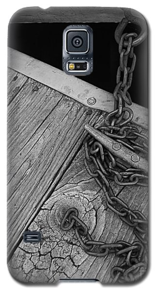Galaxy S5 Case featuring the photograph Secured by Geri Glavis
