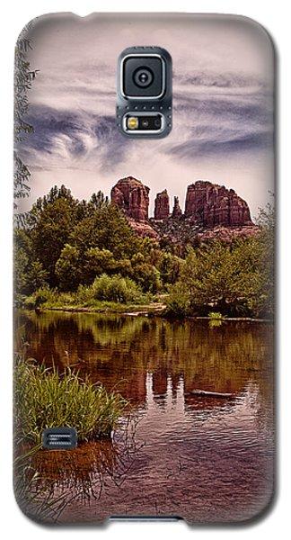 Galaxy S5 Case featuring the photograph Sedona Arizona - Mountain's Majesty ... by Chuck Caramella