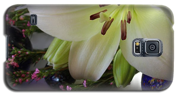 Galaxy S5 Case featuring the photograph Send The Light Lily With Marbles by Bonnie Willis