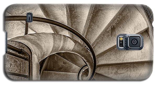 Sepia Spiral Staircase Galaxy S5 Case
