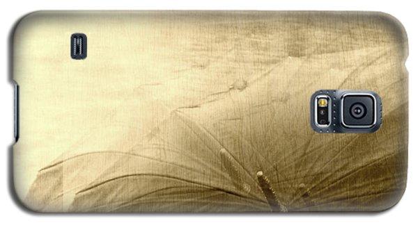 Sepia Umbrella Impressions In The Rain Galaxy S5 Case by Suzanne Powers