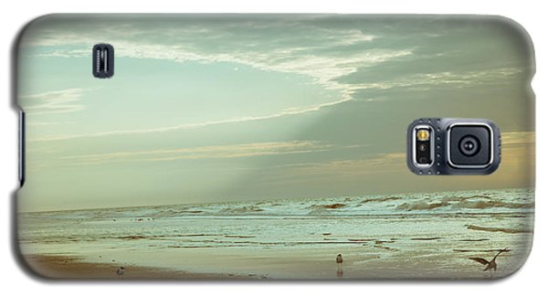 Serenity In The Beach Galaxy S5 Case by Iris Greenwell