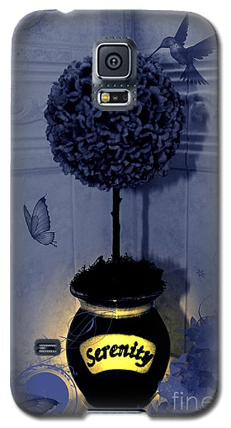 Galaxy S5 Case featuring the photograph Serenity Topiary Glow by Margaret Newcomb