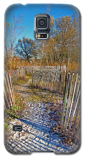 Serenity Trail.... Galaxy S5 Case by Nina Stavlund