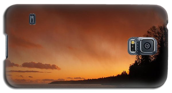 Set Fire To The Rain Galaxy S5 Case by James Peterson