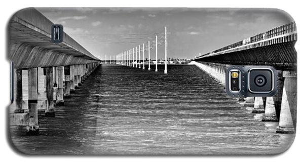 seven mile bridge BW Galaxy S5 Case