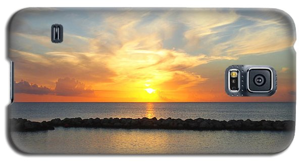 Galaxy S5 Case featuring the photograph Seven Mile Sunset Over Grand Cayman by Amy McDaniel