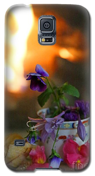 Galaxy S5 Case featuring the photograph Shabby Chic #1 by Kate Purdy