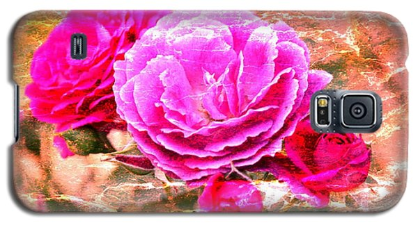 Galaxy S5 Case featuring the photograph Shabby Chic Roses 2 by Erica Hanel