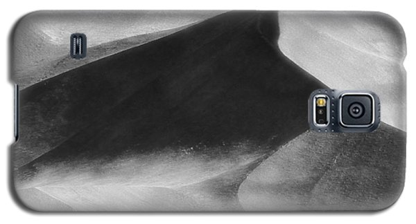 Shadow On The Land Galaxy S5 Case by Newel Hunter