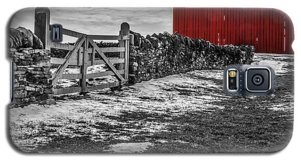 Shakertown Red Barn - Sc Galaxy S5 Case by Mary Carol Story