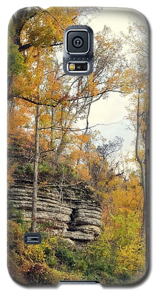 Galaxy S5 Case featuring the photograph Shawee Bluff In Fall by Marty Koch