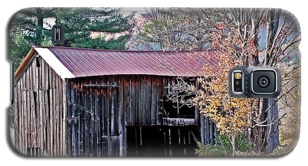 Shed In Autumn Galaxy S5 Case