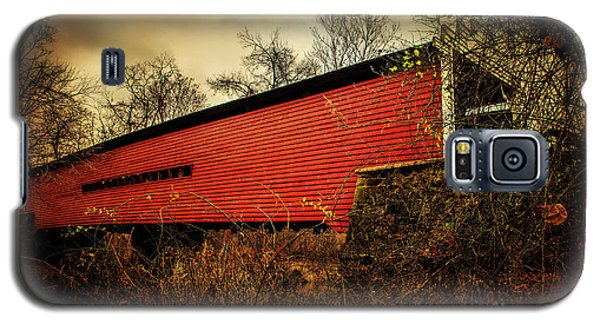 Sheeder Hall Covered Bridge 2 Galaxy S5 Case by Judy Wolinsky