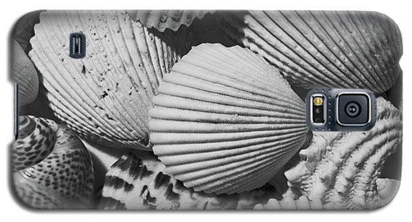 Galaxy S5 Case featuring the photograph Shells In Black And White by Mary Bedy