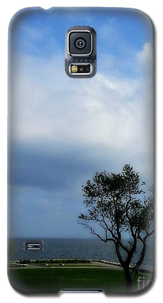 Galaxy S5 Case featuring the photograph Sherwood Island by Kristine Nora