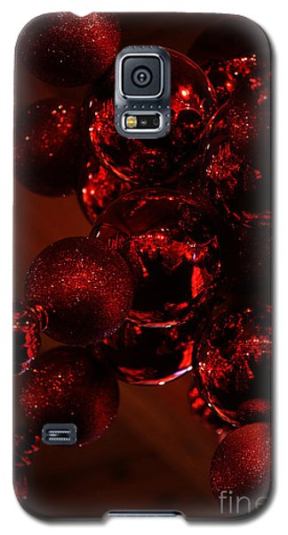 Galaxy S5 Case featuring the photograph Shimmer In Red by Linda Shafer