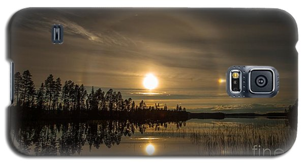 Galaxy S5 Case featuring the photograph shine like a Halo by Rose-Maries Pictures