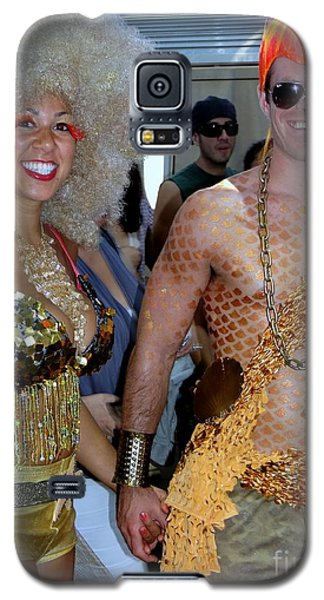 Galaxy S5 Case featuring the photograph Shiny Happy People by Ed Weidman