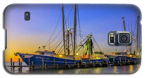 Shrimp Boat Sunset Galaxy S5 Case by Paula Porterfield-Izzo