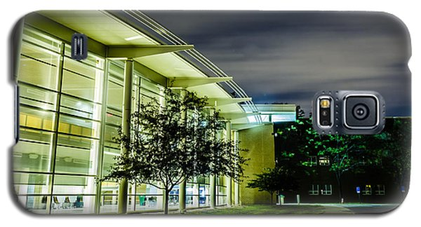Shs Lower Cafeteria At Night Galaxy S5 Case