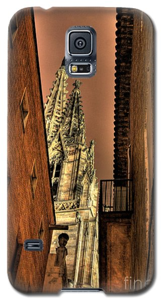Galaxy S5 Case featuring the photograph Side Of Gaudi by Erhan OZBIYIK