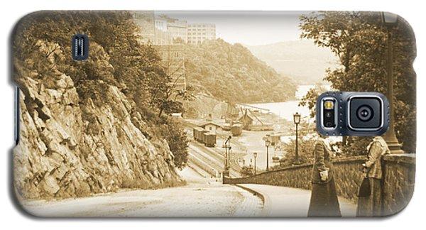 Sidewalk Conversation West Point New York 1914 Galaxy S5 Case
