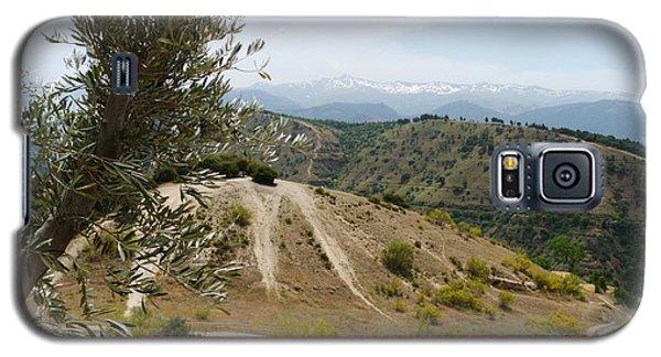 Sierra Nevada - Springtime Galaxy S5 Case by Phil Banks