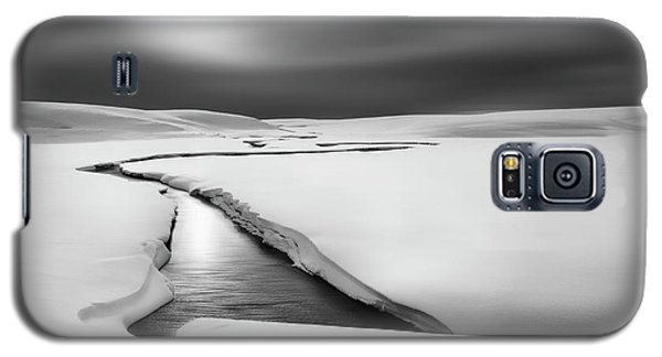 Cold Galaxy S5 Case - Silence by Huibo Hou