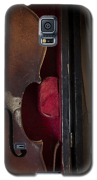 Galaxy S5 Case featuring the photograph Silent Sonata by Amy Weiss